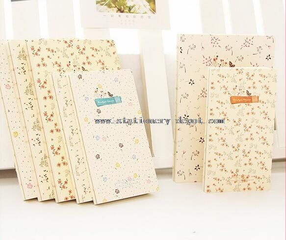 paper notebooks with flower pattern